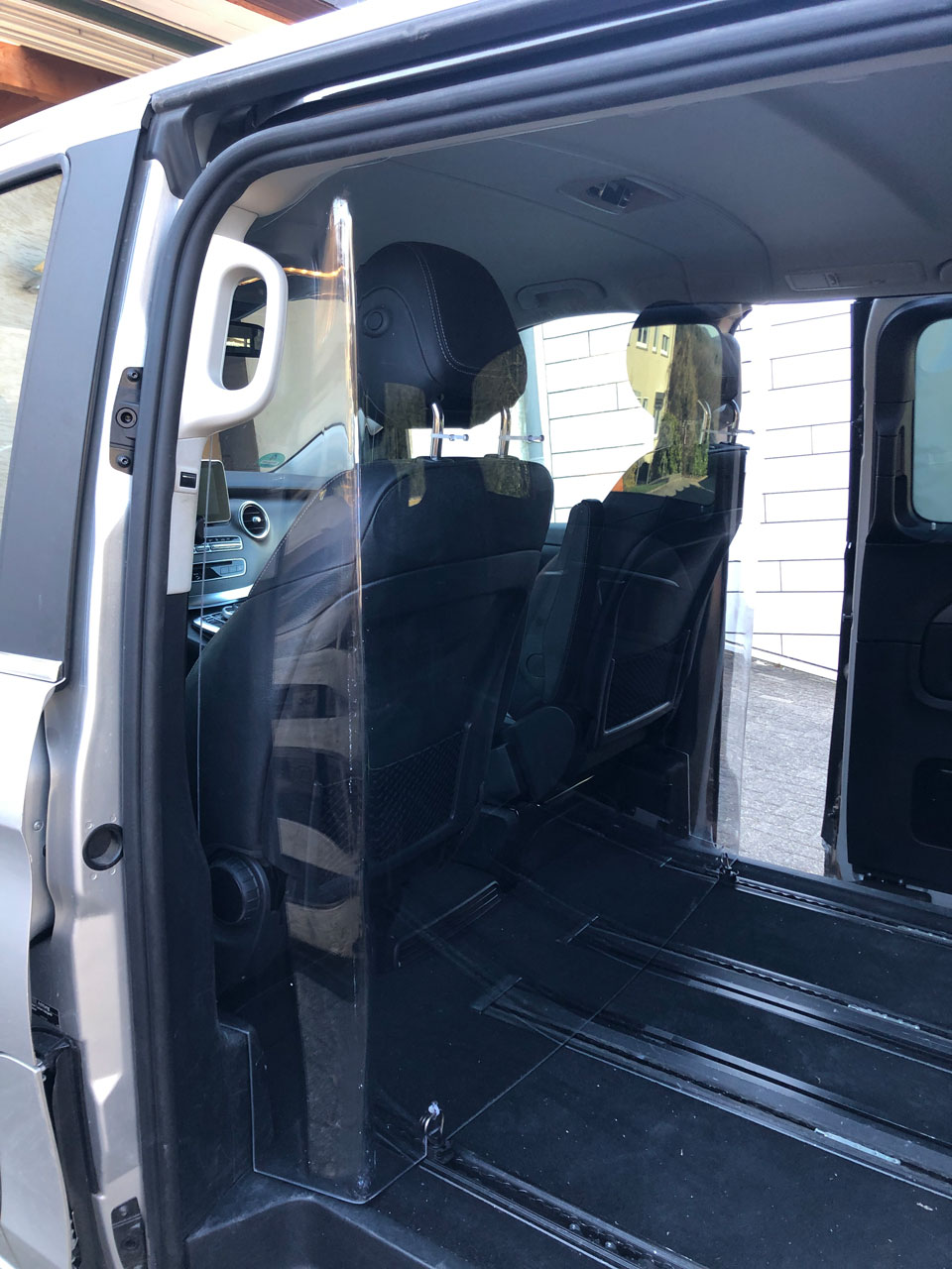 Hustenschutz in Fahrzeugen